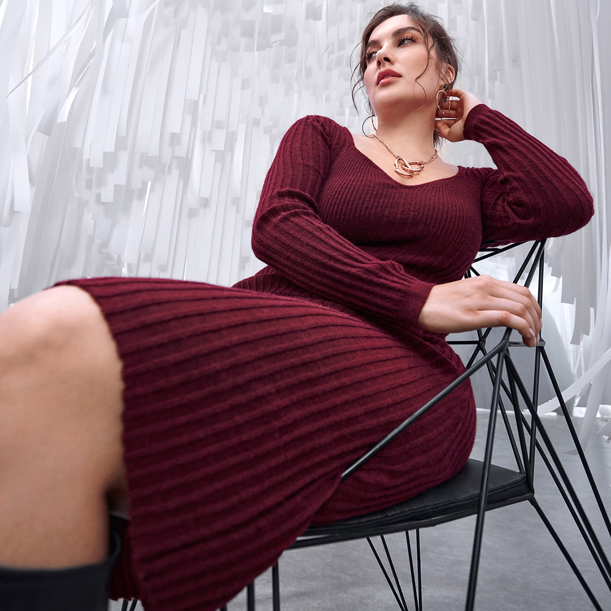 Plus Sweetheart Neck Ribbed Knit Dress