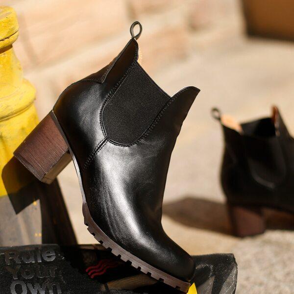 Minimalist Slip-On Chunky Heeled Chelsea Boots, Black