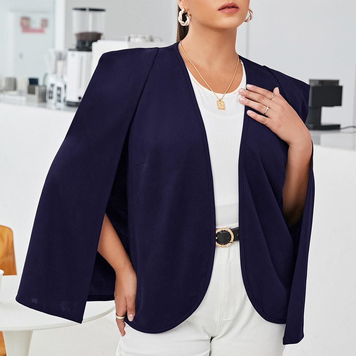 Пиджак-накидка размера плюс