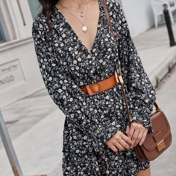 Ditsy Floral Print Flounce Sleeve Ruffle Hem Dress Without Belt, Black and white