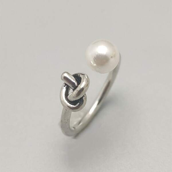 Faux Pearl Decor Cuff Ring, Antique silver