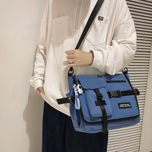 Men Letter Patch Multi-Compartment Crossbody Bag, Blue