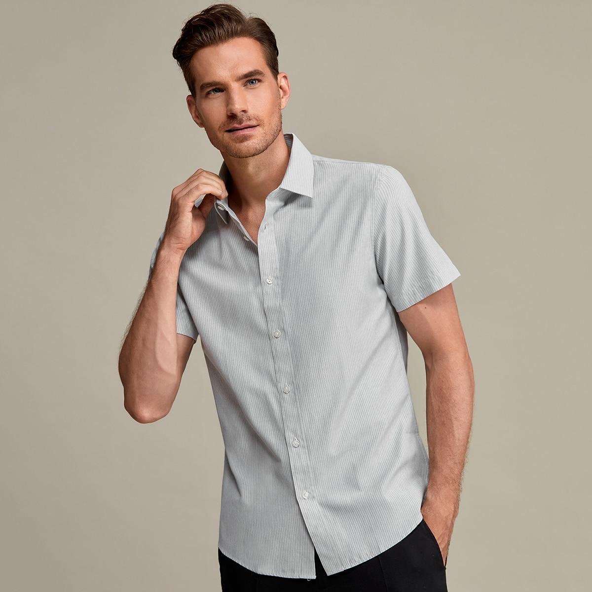 Рубашка в полоску для мужчины
