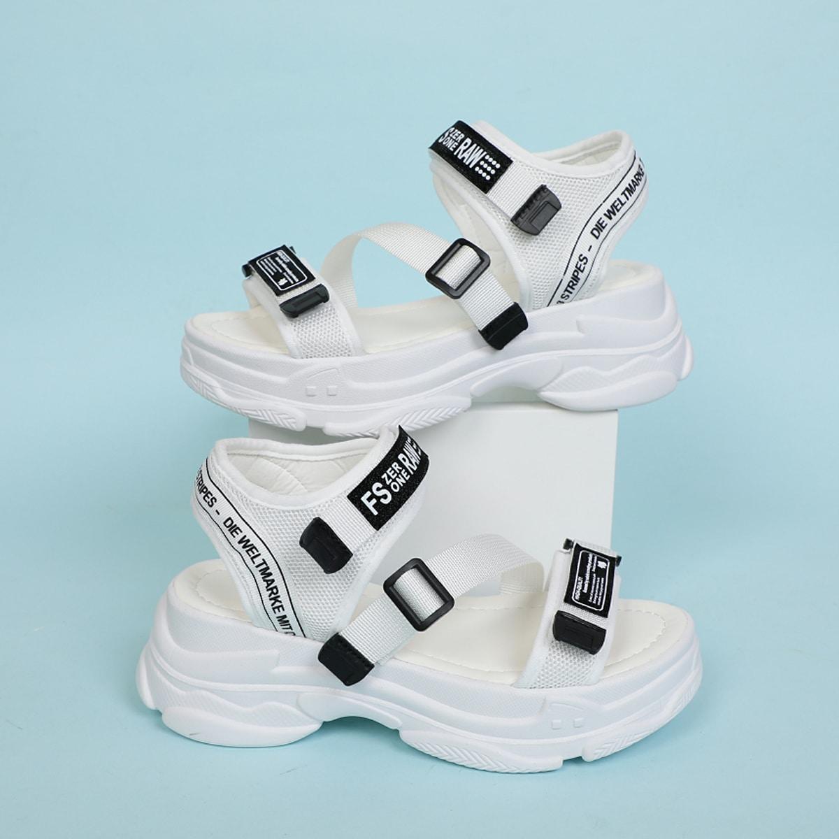 Спортивные сандалии с текстовым принтом на липучке