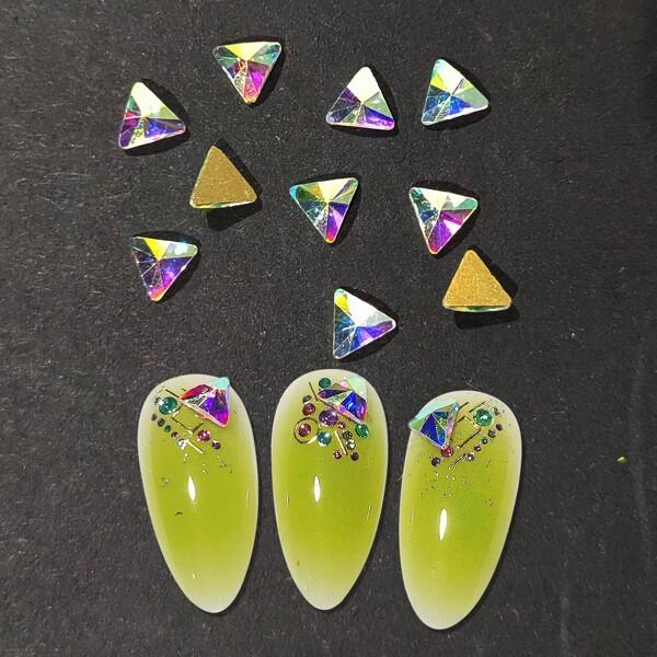 10pcs Triangle Shaped Nail Art Decoration, Multicolor