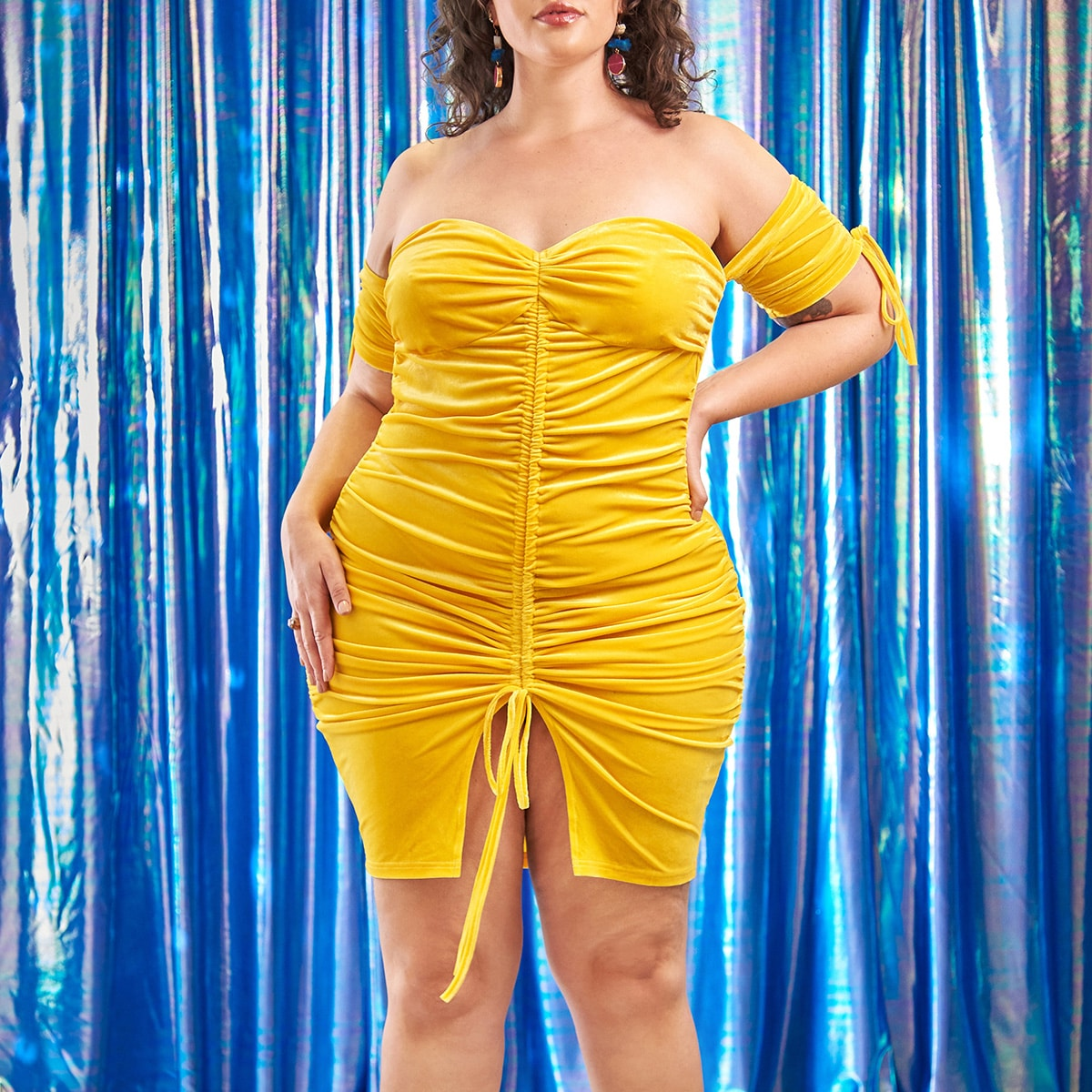 Plus Off Shoulder Drawstring Split Hem Velvet Ruched Bodycon Dress