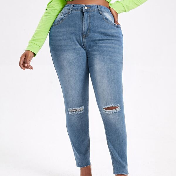 Plus Ripped Detail Raw Hem Skinny Jeans, Light wash