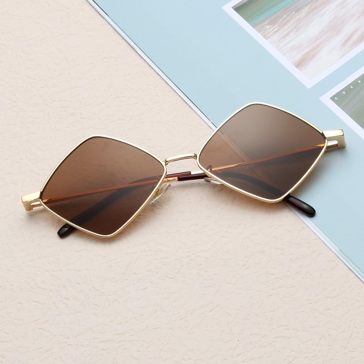 для мужчины Солнцезащитные очки в металлической оправе