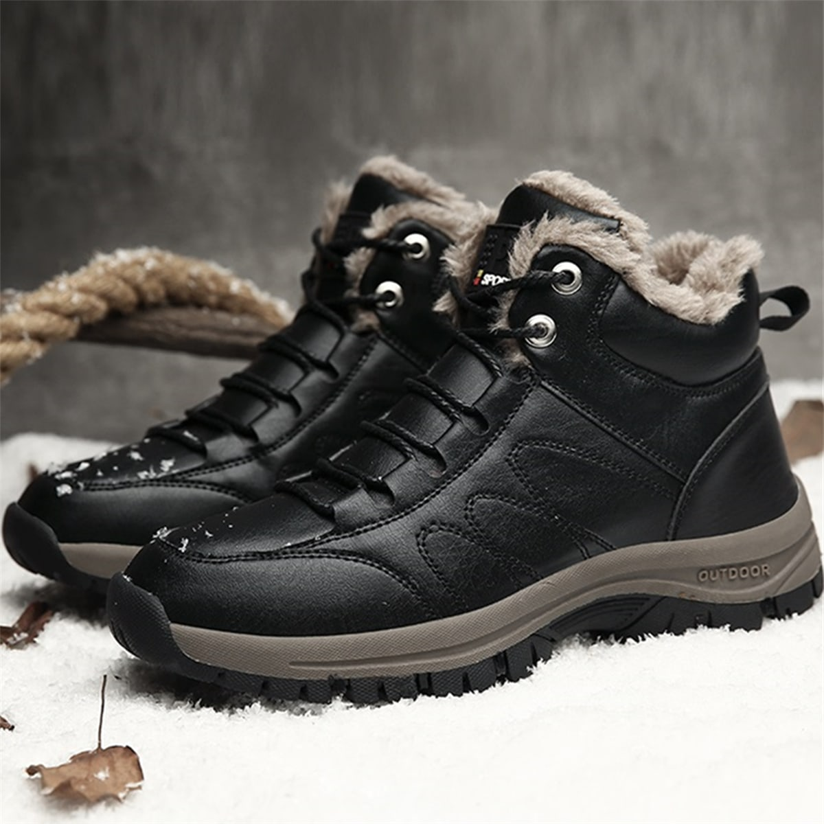 Men Minimalist Lace-up Front Fuzzy Hiking Boots