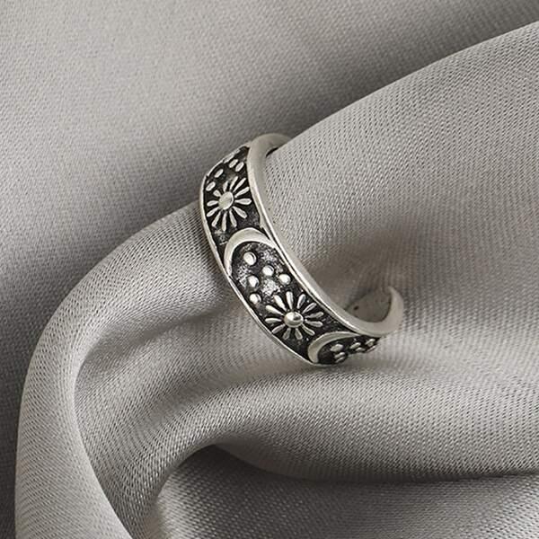 Sun & Moon Decor Cuff Ring, Antique silver