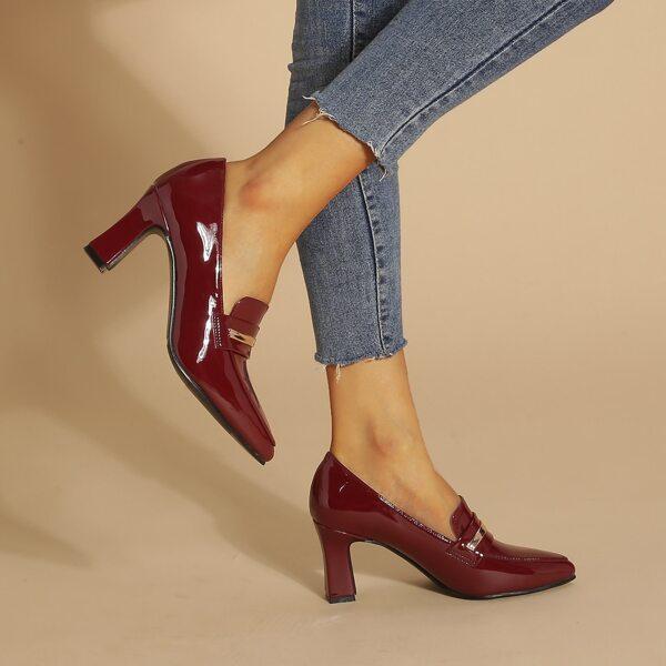 Snaffle Decor Point Toe Chunky Heeled Loafers, Burgundy