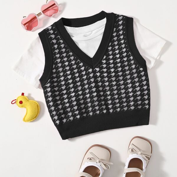 Girls Houndstooth Pattern Sweater Vest, Black and white