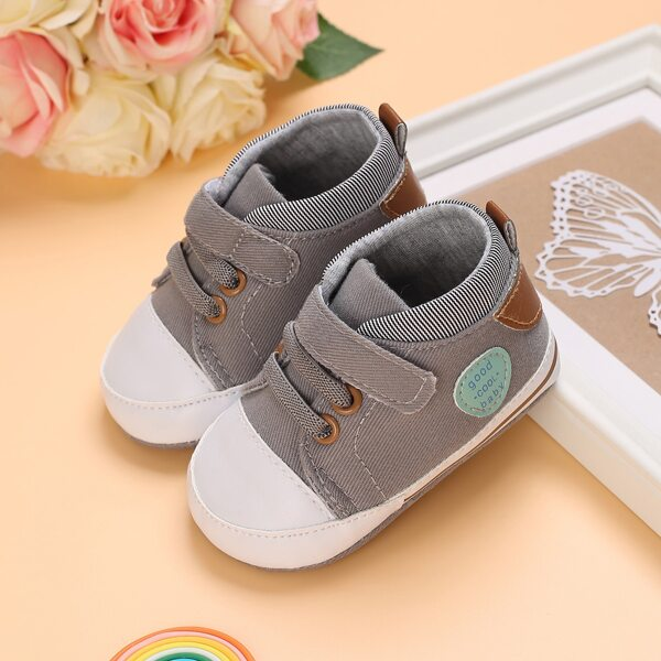 Baby Letter Patch Velcro Strap Skate Shoes, Grey