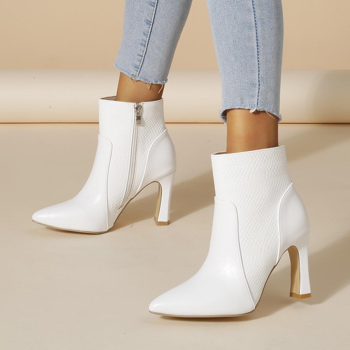 Классические ботинки с узором змеи на молнии на массивном каблуке