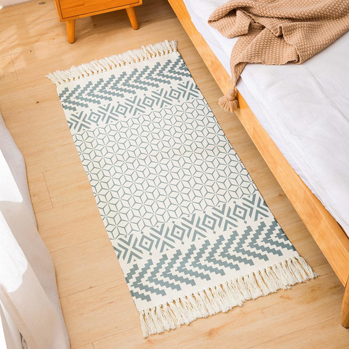 Напольный коврик с бахромой