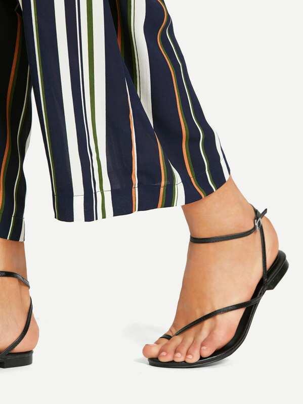 ba4fa1e4318 Toe Ring Sandals -SheIn(Sheinside)