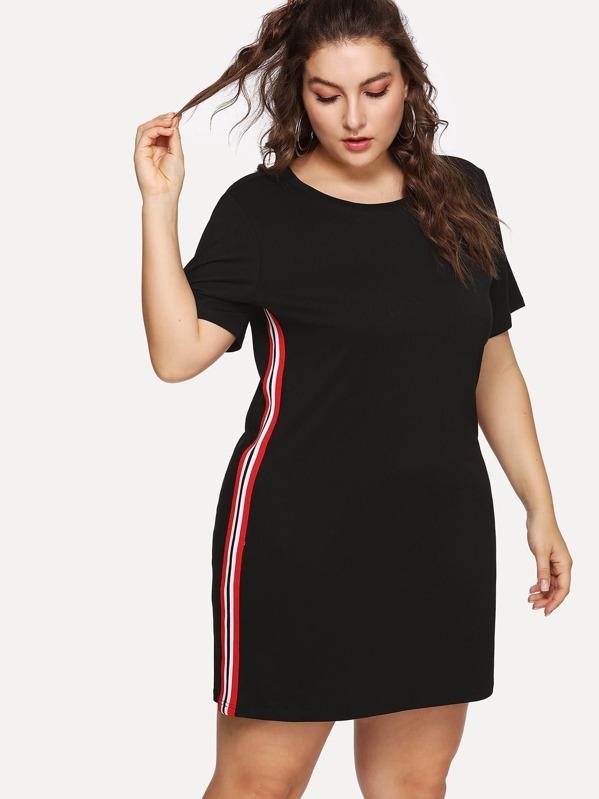 Vestido negro con escote alos lados