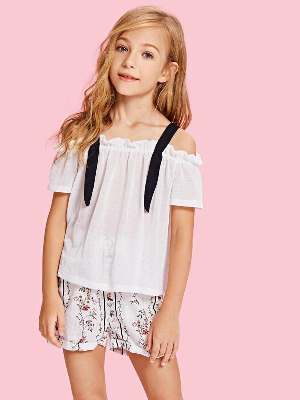 21a66f50bc0588 Girls Contrast Strap Cold Shoulder Top   Floral Shorts Set -SheIn ...