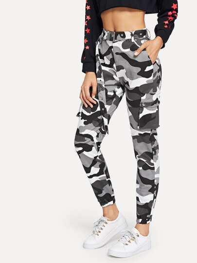 Pantalon ceinturé avec imprimé camouflage c598743e17d
