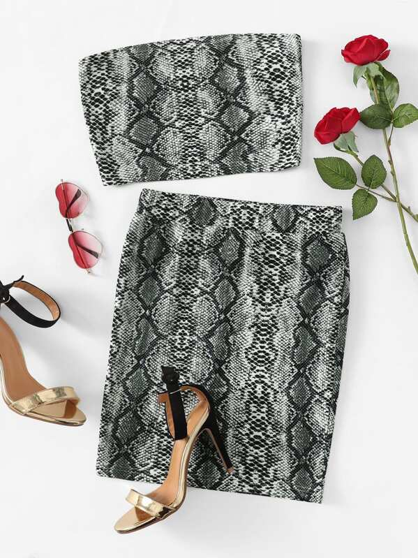Snake Print Bandeau & Slim Fitted Skirt Set by Shein