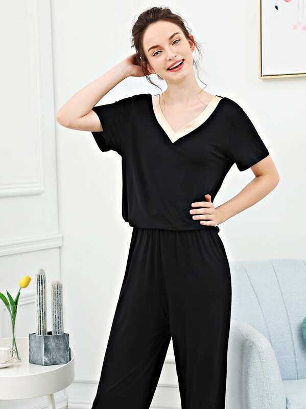 Contrast V Neck Pajama Set