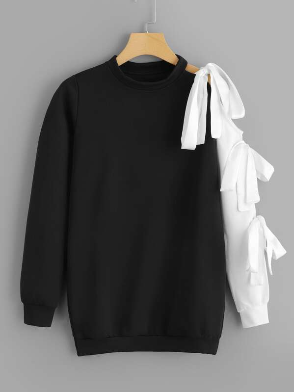 Knot Detail Sweatshirt, Black and white