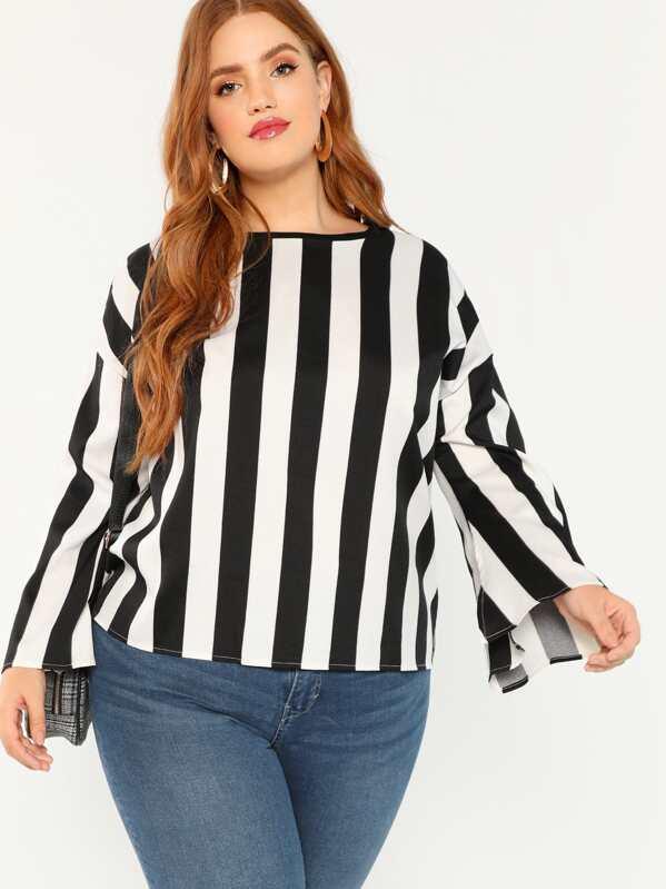 9f2c772bb30 Большая двухцветная рубашка и с вырезом и с рукавами клёш