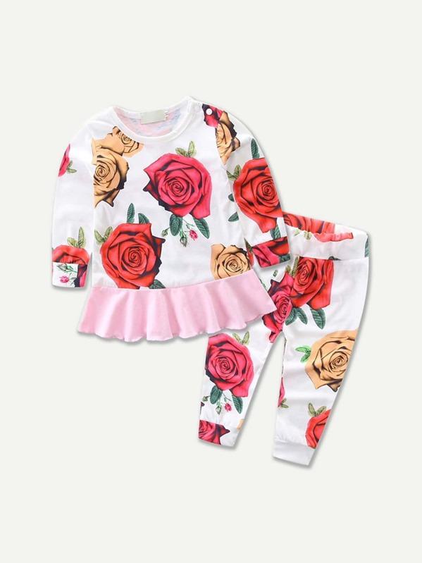 c2959f5ea Top de niñas con estampado floral bajo fruncido con pantalones