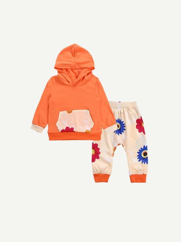 92730cfd7b6f Sudadera de niñas con pantalones florales