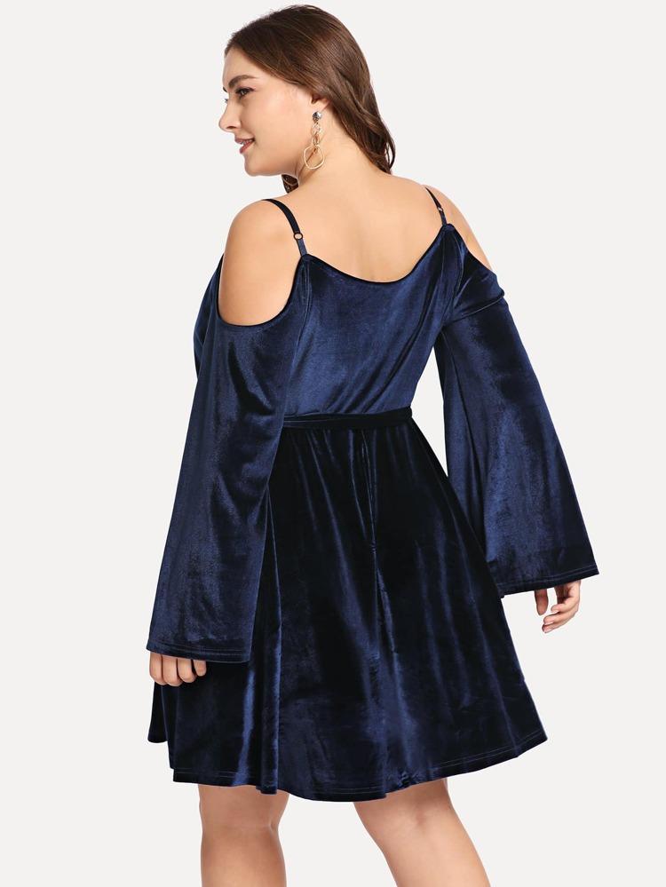 17b405880841 Plus V Neck Solid Knot Front Velvet Dress | SHEIN