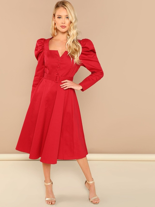 Pleated Sweetheart Solid Dress by Shein