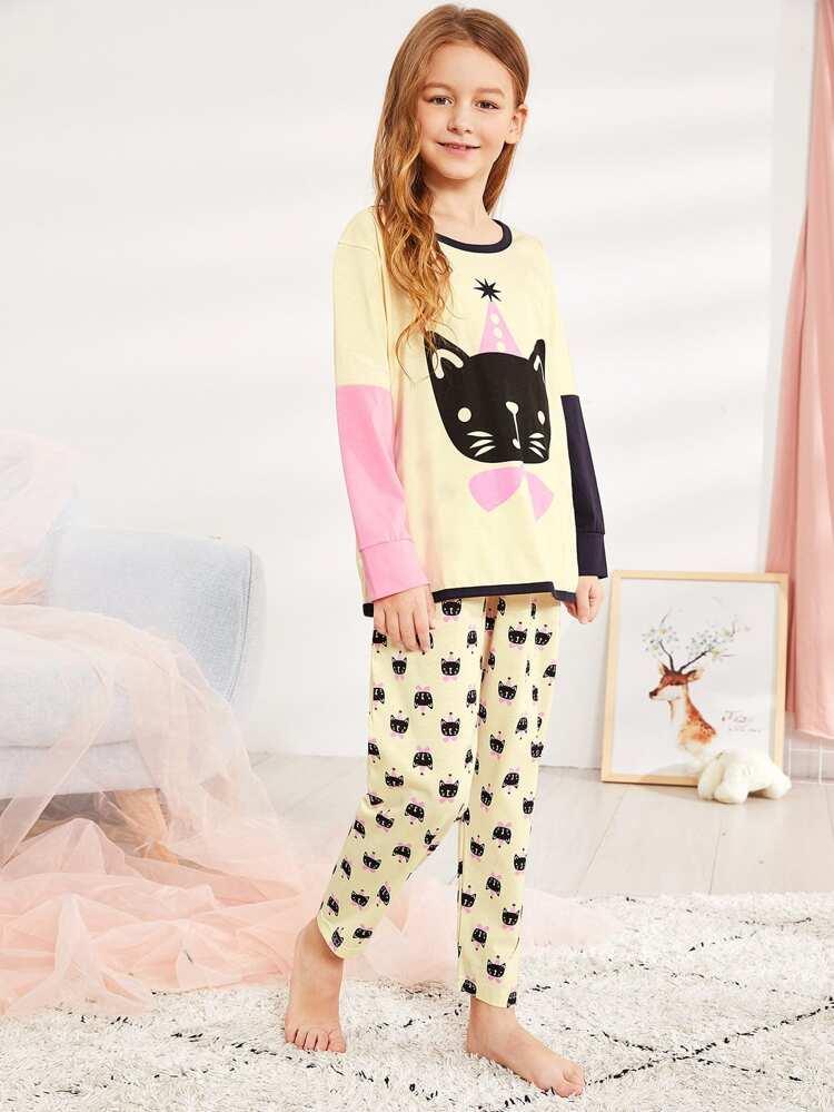 66f4a59e3a Christmas Kids Cat Print Colorblock Pajama Set | SHEIN