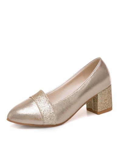 3a2ab524d مضخات المرأة وأحذية ذاتي الكعوب العالية على الانترنت
