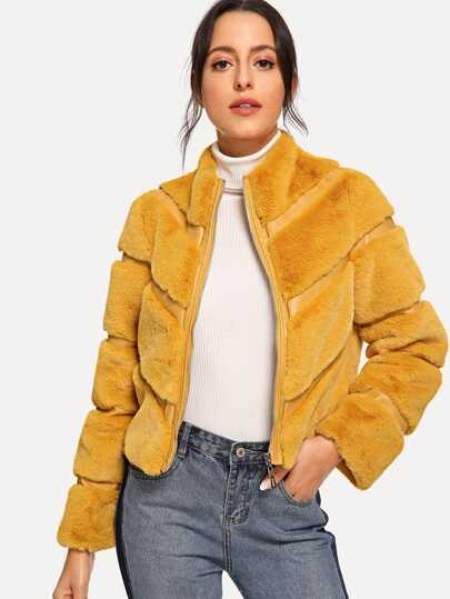 659894d48b11 Zipper Up Faux Fur Coat