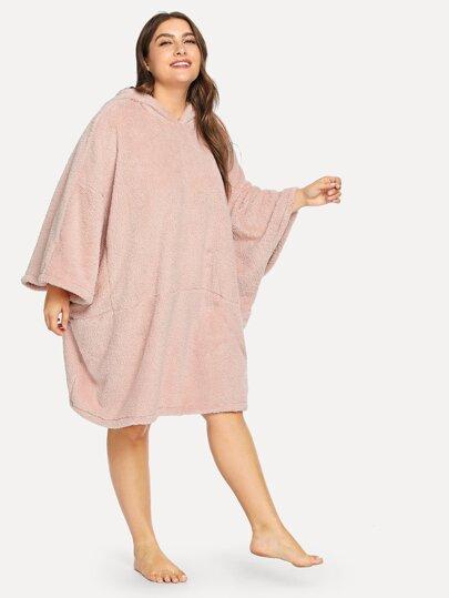 98c59ddb8c Plus Batwing Sleeve Hooded Plush Dress