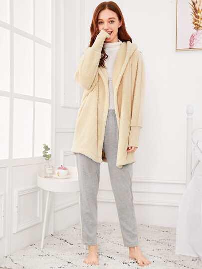 Robe con cappuccio in peluche in tinta unita  780e75a4fad