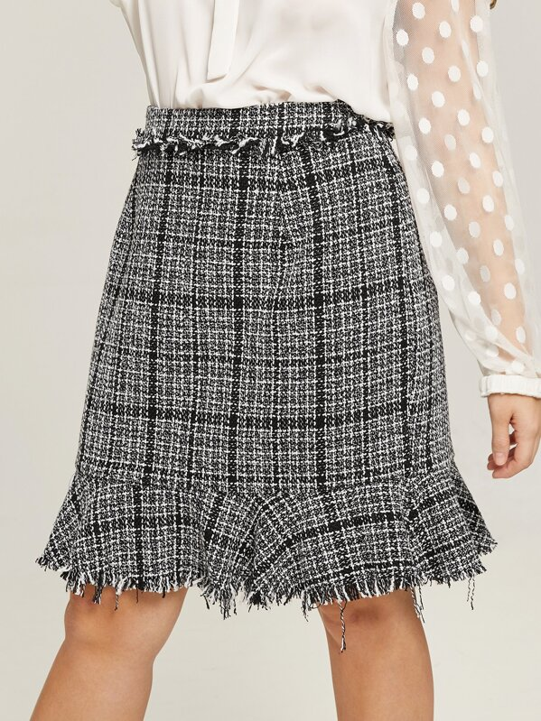 fcace81bc32 Plus Frayed Trim Ruffle Tweed Skirt