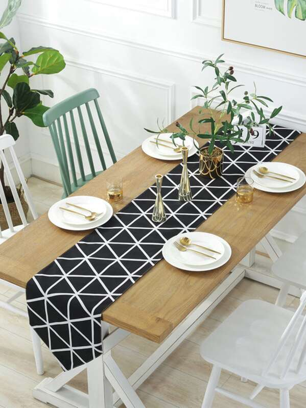 Geometric Pattern Print Tablecloth