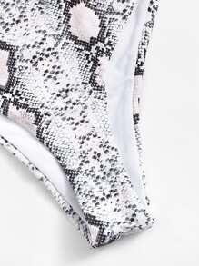 86aa224e1a2df V-Plunge Random Snakeskin Top With High Leg Bikini