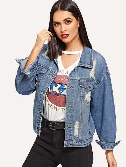 Jeans Jacke mit Rissen und sehr tief angesetzter Schulterpartie 43633fe32c