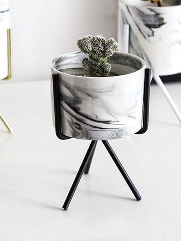 Flower Pot With Flower Pot Holder