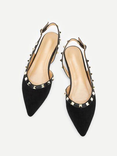 Pantofole con spaeta sul tallone con design a borchie bcc6298fb65