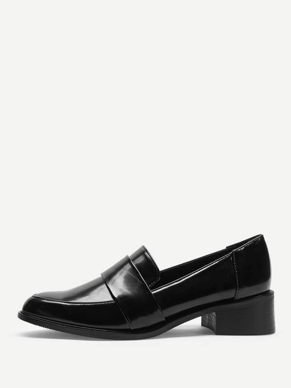 Point Toe Solid Loafers