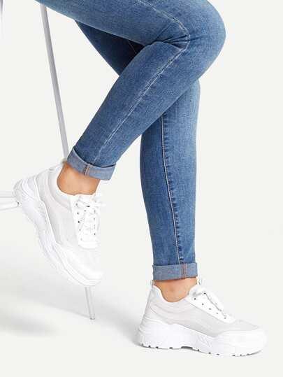 Zapatillas gruesas sólidas con cordón a9ba9b8c2a8f