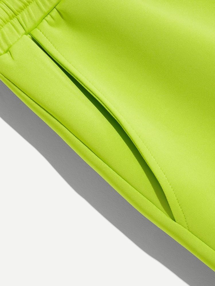 9af8872d23 Men Pocket Patched Drawstring Neon Shorts | SHEIN