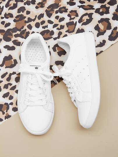 9d4d9ddc33f6 Lace-up Low Top Sneakers