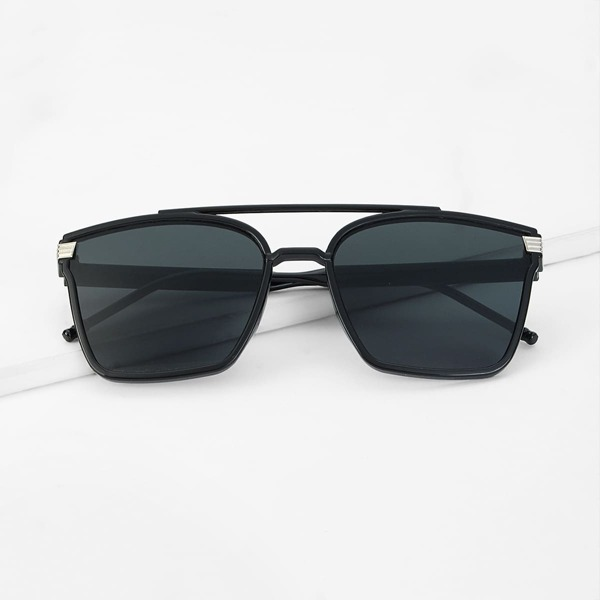 Men Top Bar Flat Lens Sunglasses, Black