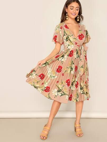 6ecdfbbb44 Surplice Wrap Pleated Floral Tea Dress