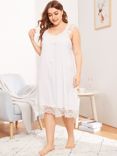 e8594de885 Plus Contrast Lace Solid Night Dress