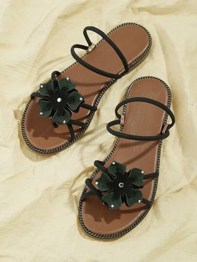 772733d7cb97 Floral Decor Flat Sandals